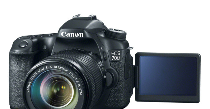 Canon EOS 70D Killer Deals Live Again, Bundles With PIXMA PRO-100 And More Starting At $650