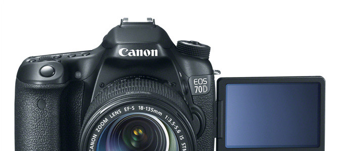 Canon EOS 70D Early Black Friday Bundle Deals, Starting At $749 (Adorama)