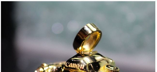 Want A 14K Gold Canon EOS 5D Mark III Pendant With Diamonds?