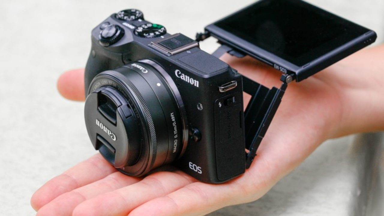 Our Canon EOS M3 review: a powerhouse with shortcomings