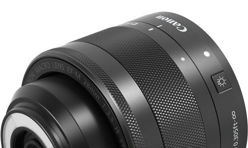 Upcoming Canon EF-S 35mm F/2.8 M IS STM Is A Macro Lens With Built-in LEDs [CW4]